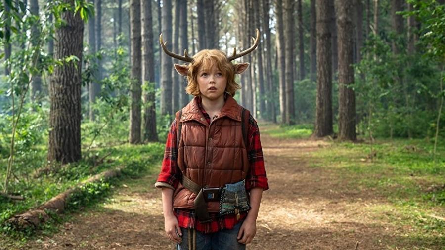 "Christian Convery é Gus, protagonista de ""Sweet Tooth"" - Netflix"