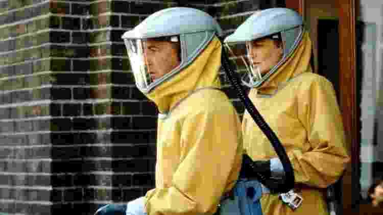 """Dustin Hoffman e Renée Russo tentam achar uma cura em """"Epidemia"""" - Divulgação"""