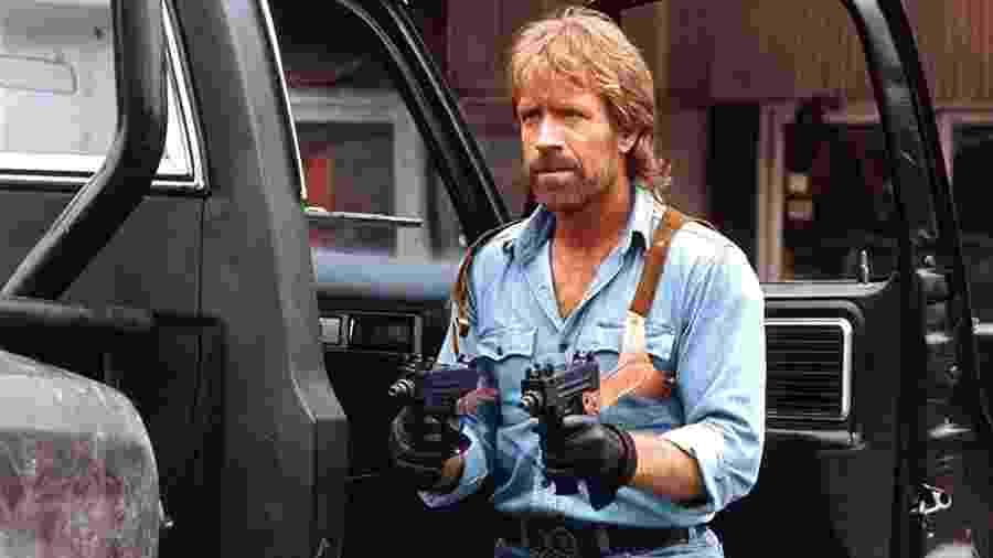 """Chuck Norris em """"Invasão dos Estados Unidos"""" - Reprodução"""