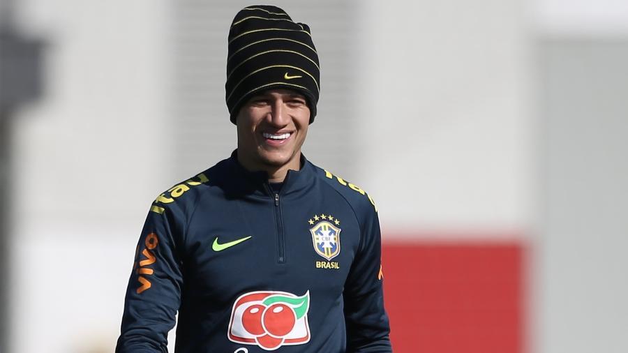 Coutinho treina pela seleção brasileira em Moscou - Pedro Martins/MoWa Press