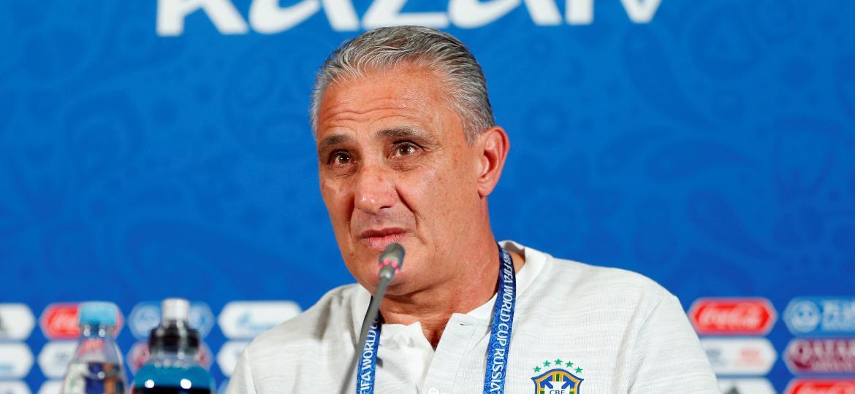 Com a queda precoce na Copa do Mundo, Tite perdeu poder de barganha com a CBF para a renovação - REUTERS/John Sibley