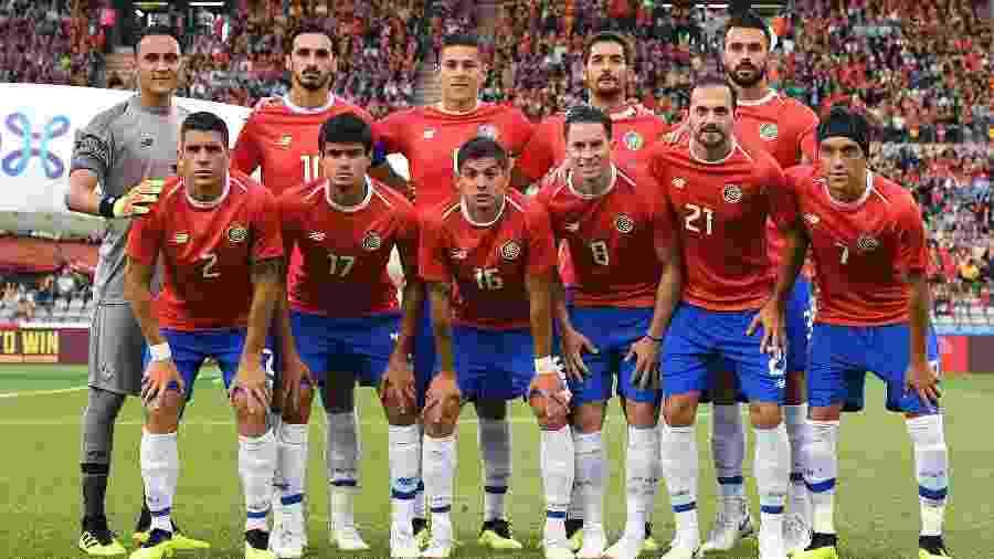 Jogadores da Costa Rica posam para foto antes de amistoso contra a Bélgica - Emmanuel Dunand/AFP