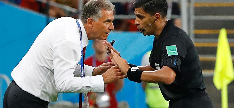 Ex-técnico de Portugal, Queiroz pediu expulsão de Cristiano Ronaldo no jogo contra o Irã - AFP