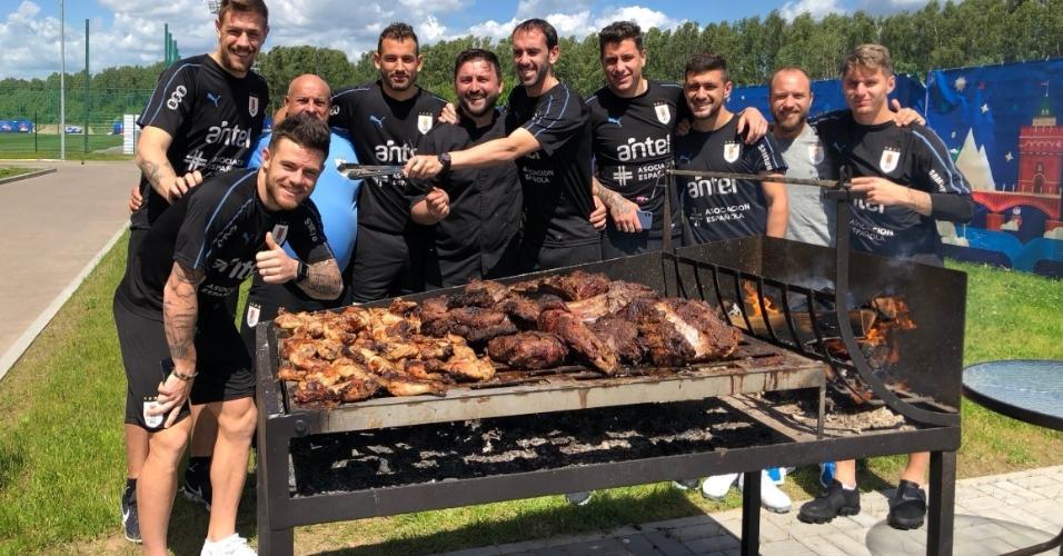 Christian Stuani posta foto de churrasco da seleção uruguaia
