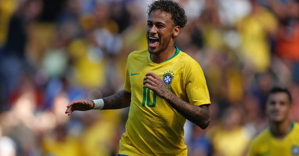 Neymar comemora gol da seleção contra a Croácia