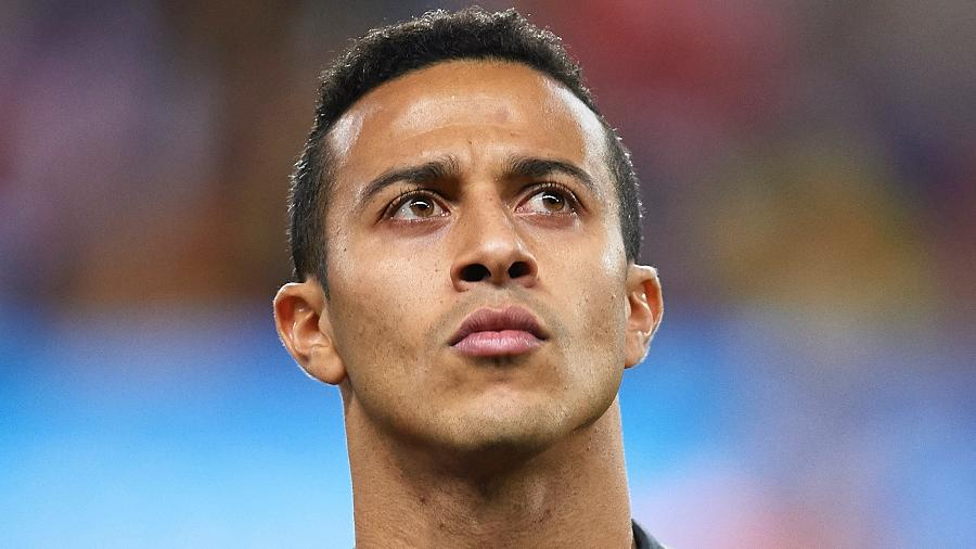 Thiago Alcantara deve trocar o Bayern de Munique pelo Liverpool - Aitor Alcalde/Getty Images