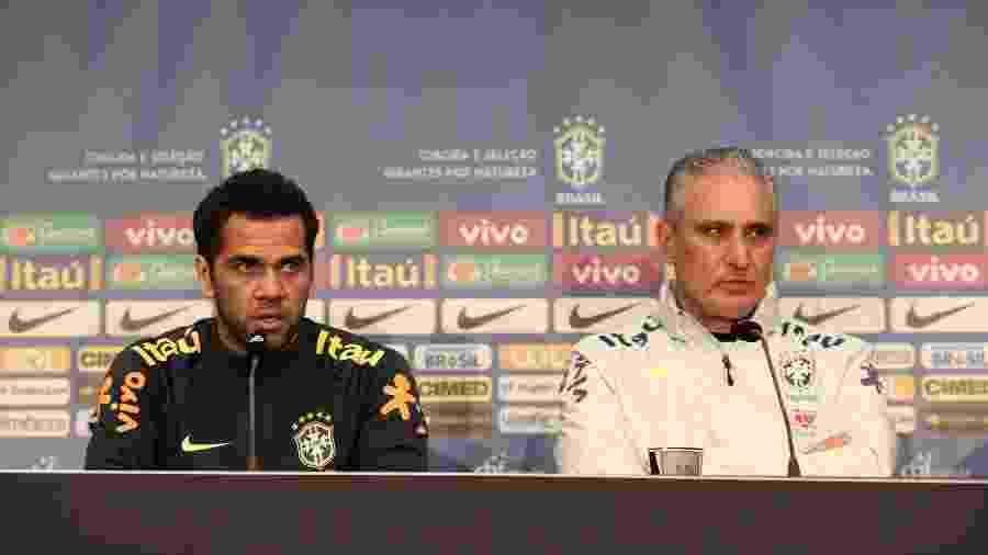 Daniel Alves enaltece liderança de Tite após título da Copa América - Pedro Martins/MoWa Press
