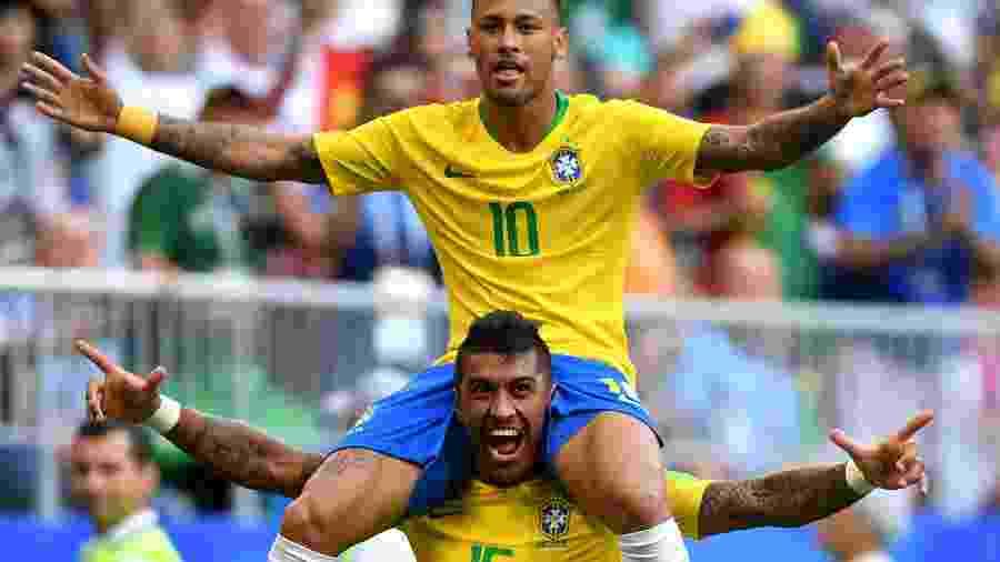 Seleção  Neymar dá razão à música 935884241c890