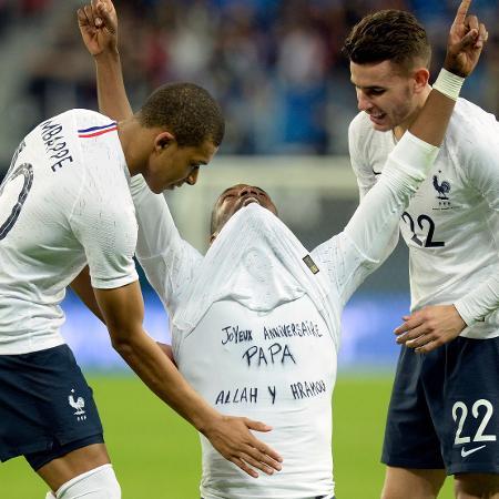 Pogba era xingado sempre que tocava na bola. Autoridades francesas querem investigação da Fifa - AFP