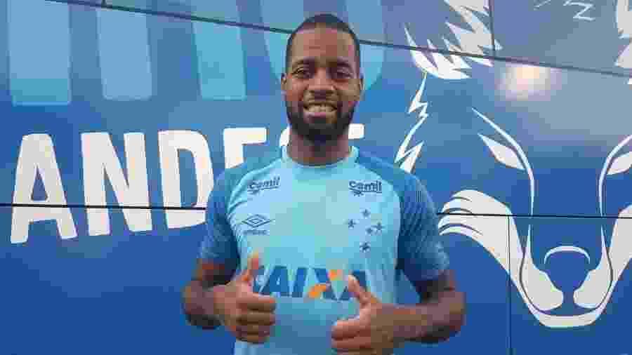 Dedé, zagueiro do Cruzeiro, recebeu sondagem do Lyon, da França - Maikyson Coelho/Cruzeiro