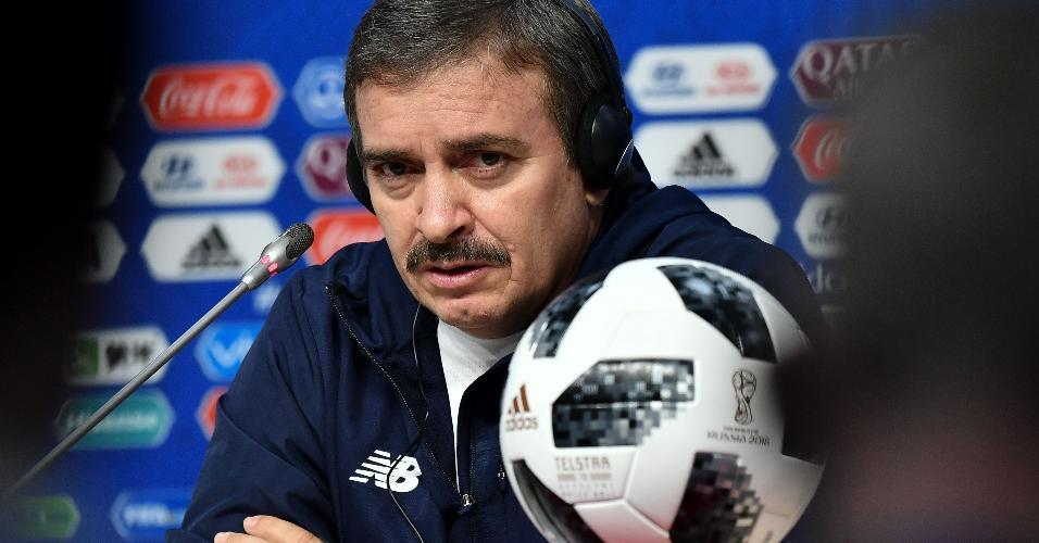 Óscar Ramírez, técnico da seleção da Costa Rica, em entrevista pré-jogo
