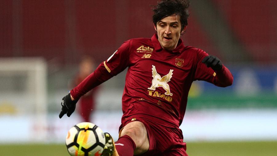 Sardar Azmoun joga no Rubin Kazan e é um dos principais jogadores do Irã - Epsilon/Getty Images