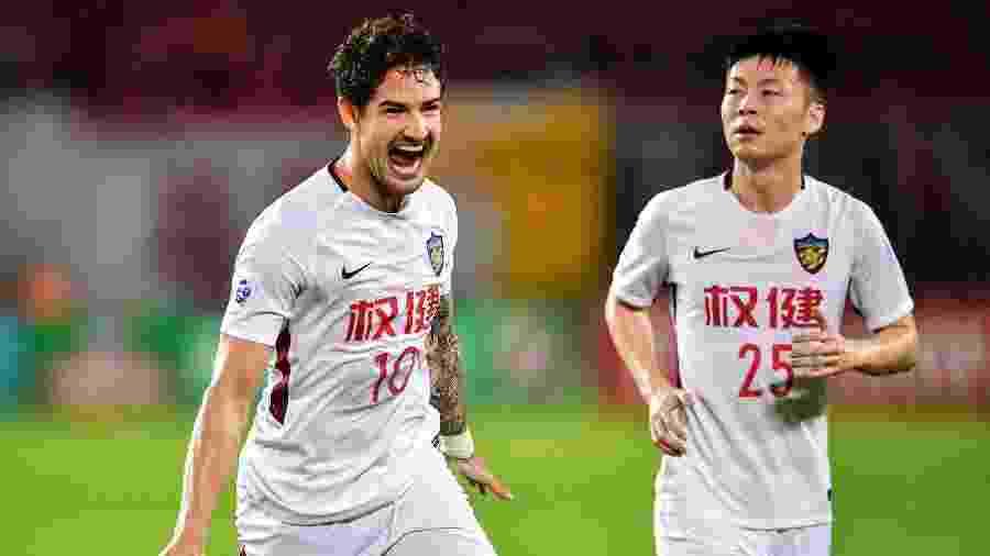 Alexandre Pato comemora após marcar pelo Tianjin Quanjian - AFP