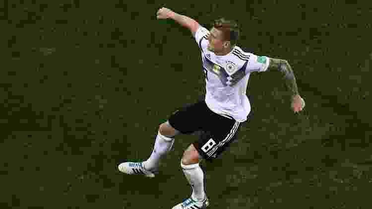 Toni Kroos salvou a Alemanha no último minuto contra a Suécia - Jewel Samad/AFP - Jewel Samad/AFP