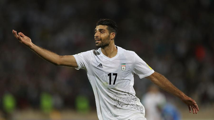Mehdi Taremi comemora gol da seleção do Irã - Amin M. Jamali/Getty Images
