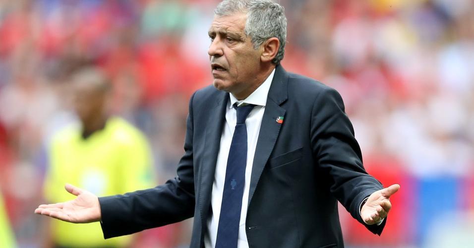 Técnico Fernando Santos durante Portugal x Marrocos