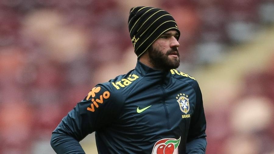 Alisson treina na véspera de Rússia x Brasil em Moscou; goleiro interessa ao Real Madrid - Pedro Martins/MoWa Press