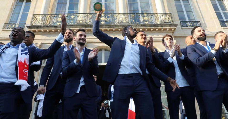 Pogba festa França título