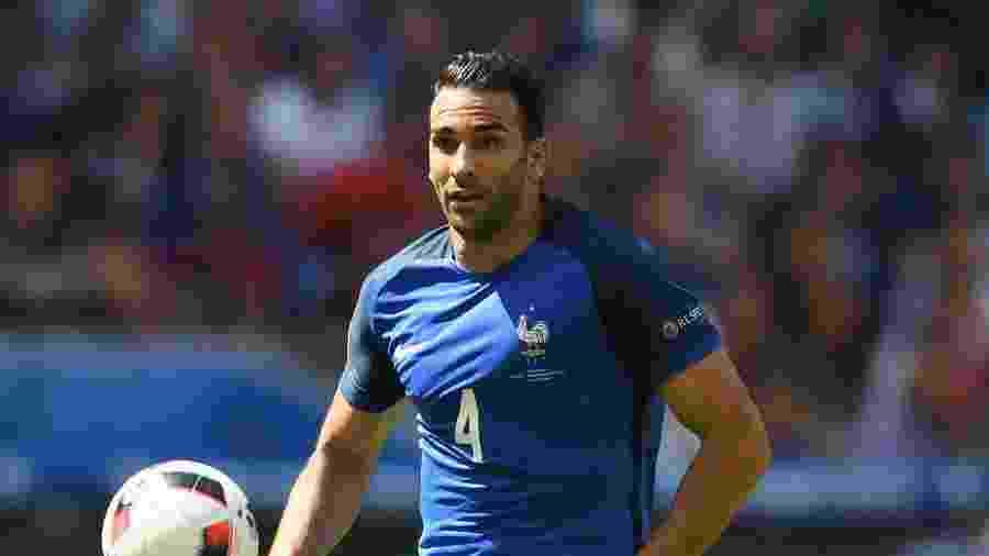 Adil Rami teve passagem pela seleção francesa nos últimos anos; ele acredita que Mbappé sairá do PSG - Laurence Griffiths/Getty Images