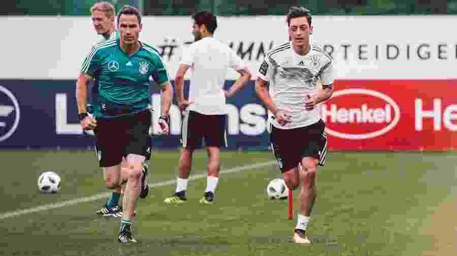 Ozil desfalca Alemanha em último amistoso antes da Copa para tratar joelho.  Divulgação 4583061d5e24c