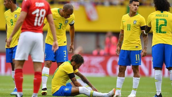 be1a8bb758 O hexa vem dessa vez  O que os videntes preveem para o Brasil no ...