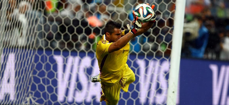 Sergio Romero defendeu dois pênaltis na semifinal de 2014 contra a Holanda - Amin Mohammad Jamali/Getty Images