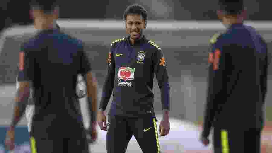 O atacante Neymar em treino da seleção brasileira na Granja Comary - AFP PHOTO / Mauro PIMENTEL