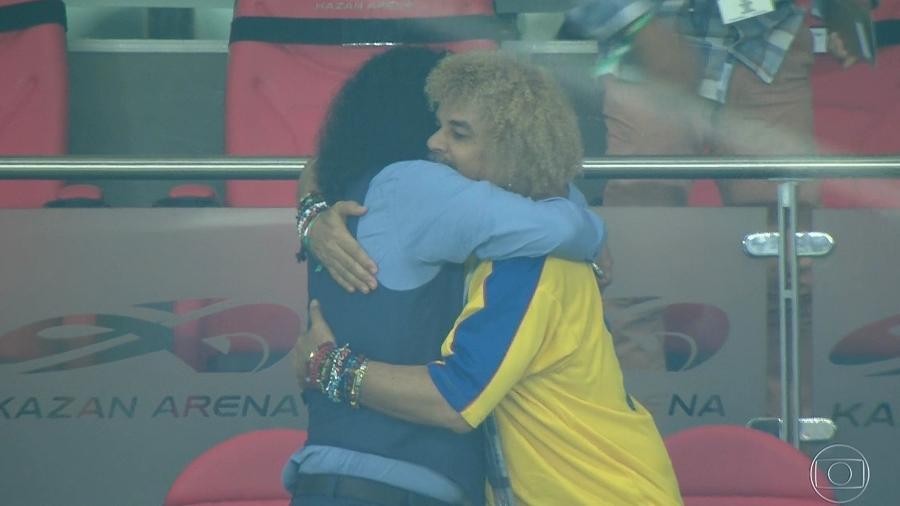 Higuita e Valderrama celebram vitória da Colômbia sobre a Polônia na Copa do Mundo - Reprodução/TV Globo