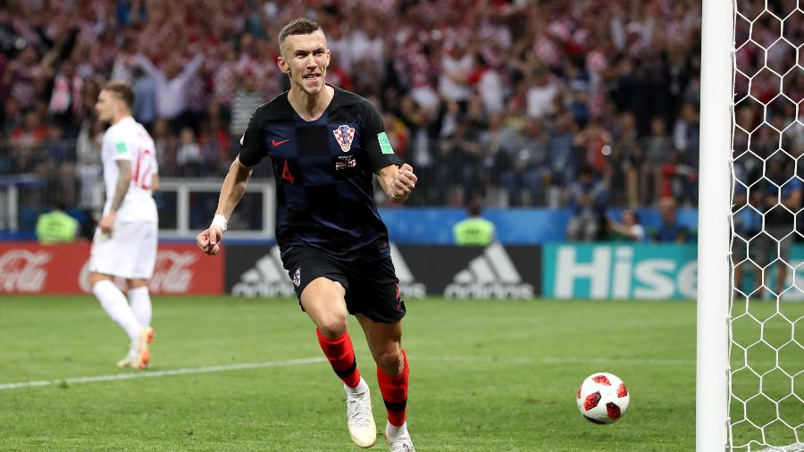 Ivan Perisic, da Croácia, comemora depois de marcar gol e empatar com a Inglaterra - Ryan Pierse/Getty Images