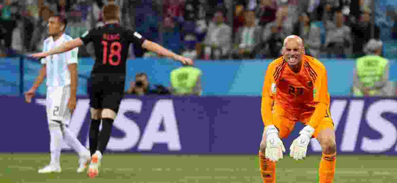 Goleiro da Argentina, Caballero lamenta gol da Croácia durante jogo da Copa - REUTERS/Ivan Alvarado