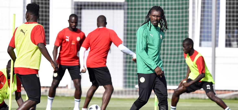 Aliou Cissé, técnico de 42 anos da seleção de Senegal, está no cargo desde março de 2015 - Issouf Sanogo/AFP