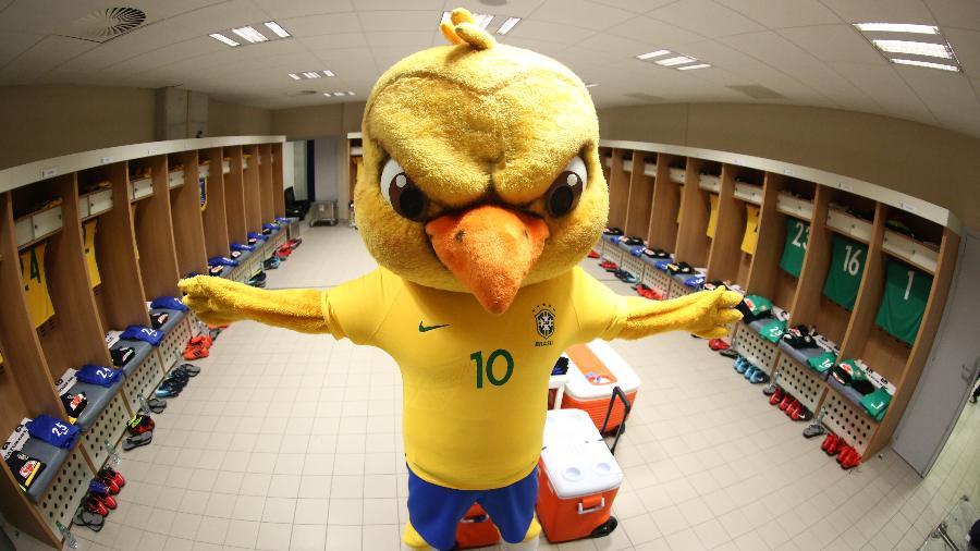 """""""Canarinho Pistola"""", o popular mascote nervoso da seleção brasileira - Lucas Figueiredo/CBF"""