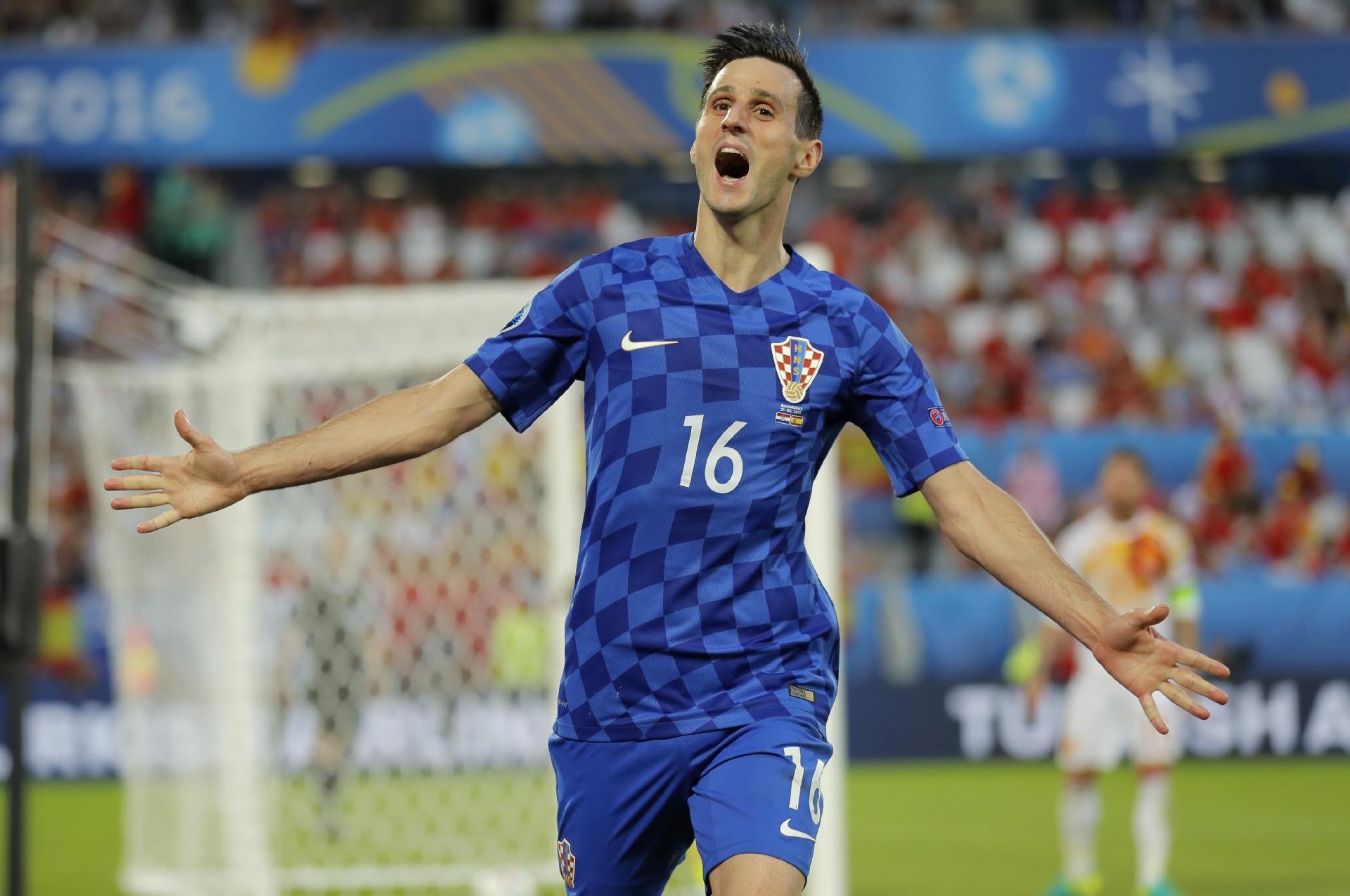 ac29cc6a84 Croácia na Copa 2018  Imprensa  Atacante é expulso da seleção croata por se  recusar a entrar - UOL Copa do Mundo 2018