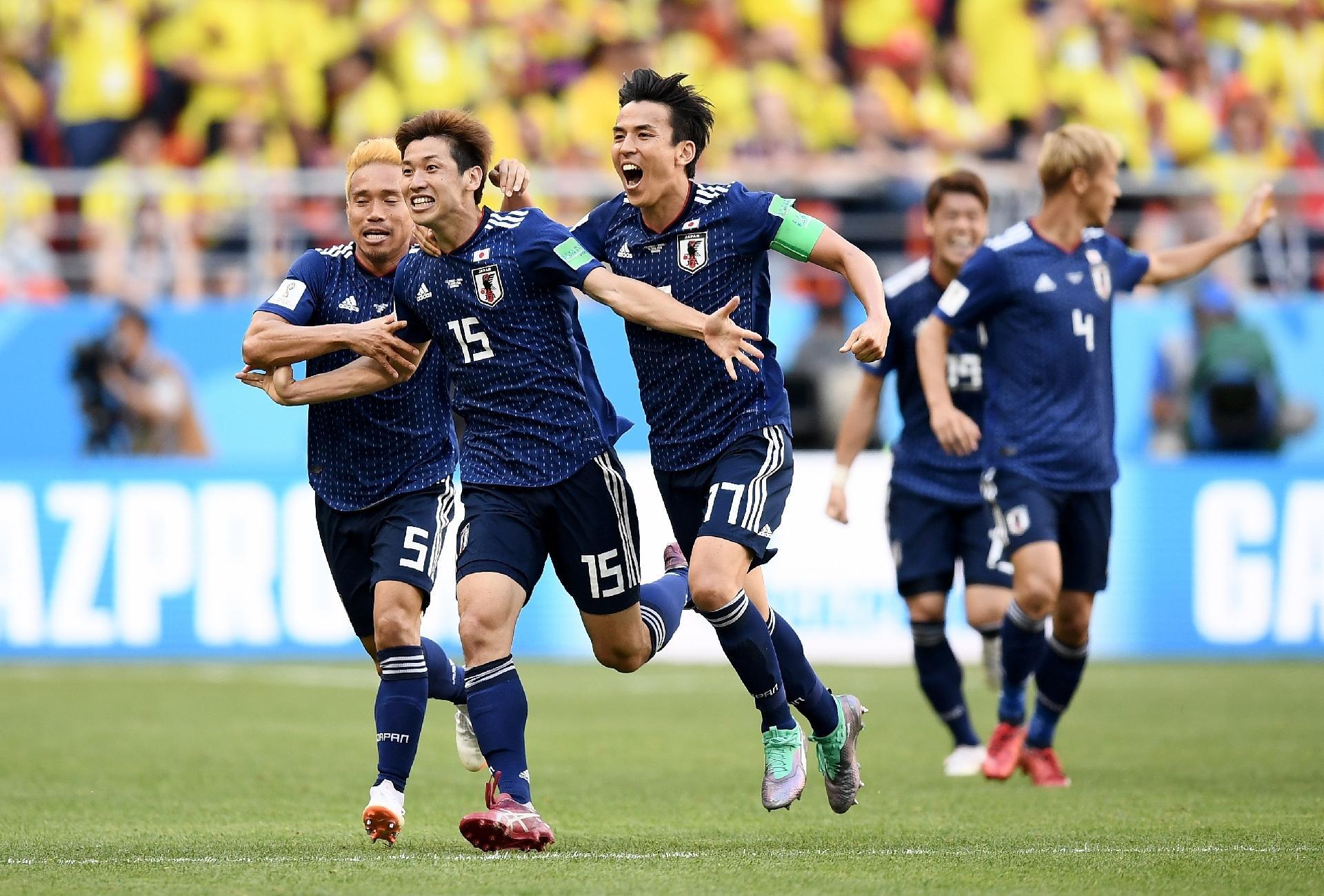 Colômbia X Japão  Japão aproveita expulsão no início e surpreende a  Colômbia em estreia - UOL Copa do mundo 2018 2a17e7aba6d04