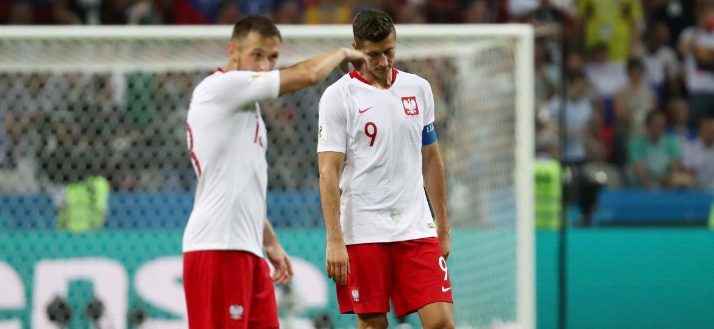 Lewandowski [9], principal jogador da Polônia, lamenta derrota para a Colômbia - Sergio Perez/Reuters