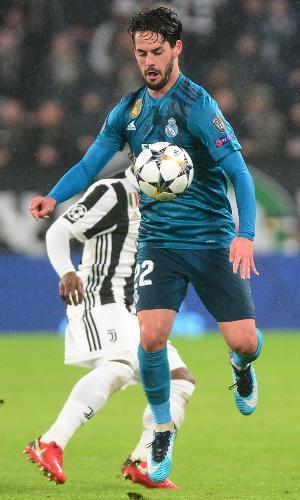 O meia espanhol Isco em lance do jogo entre Juventus e Real Madrid, pela Liga dos Campeões