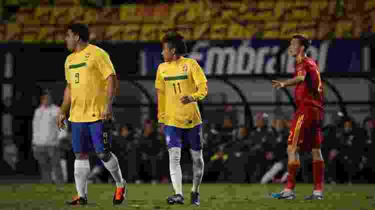 Ronaldo e Neymar se aproximaram e desenvolveram amizade desde 2011 - Ricardo Nogueira/Folhapress - Ricardo Nogueira/Folhapress