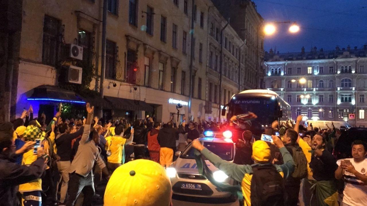 Seleção brasileira chega a São Petersburgo