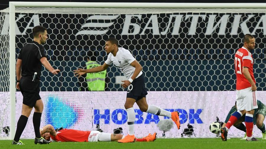 Astro do PSG será o 10, enquanto Griezmann será o camisa 7 - AFP PHOTO / Kirill KUDRYAVTSEV