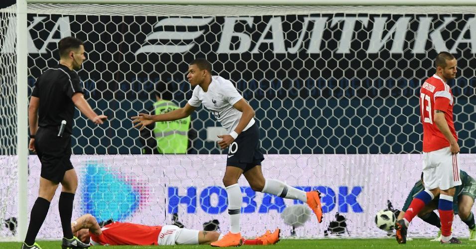 Mbappé marca para a seleção da França em amistoso contra a Rússia