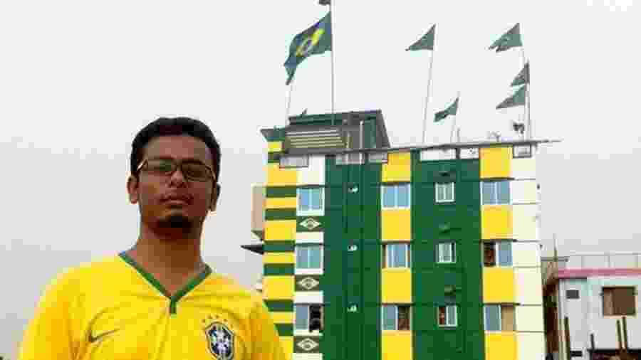 Torcedor de Bangladesh é tão fanático pelo Brasil que pintou um prédio inteiro de verde e amarelo - Salman Saeed/BBC