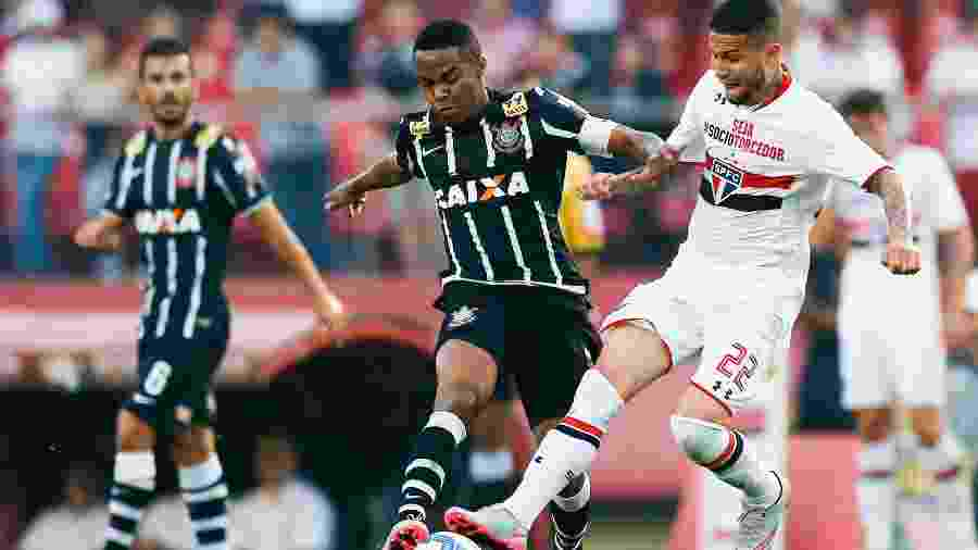 Em 2015, Tite comandava o Corinthians e Osorio comandava o São Paulo; no Brasileiro, técnicos ficaram no 1 a 1 - Alexandre Schneider/Getty Images