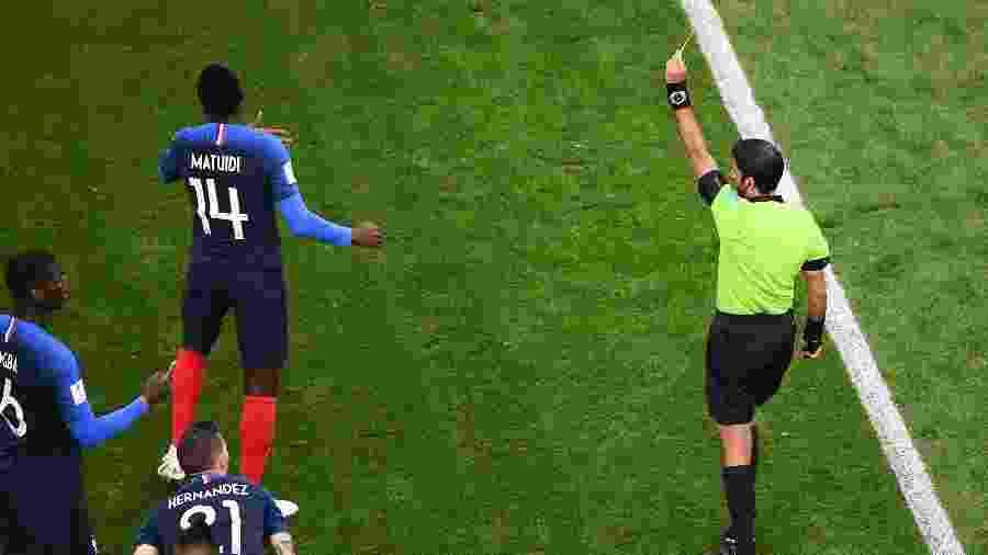 Matuidi levou cartão amarelo contra o Peru e está suspenso para as quartas de final - JEWEL SAMAD/AFP