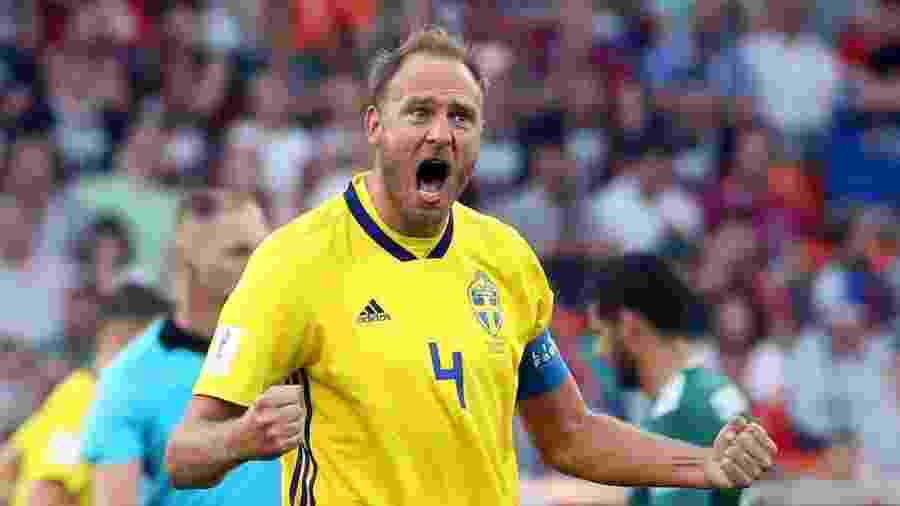 Granqvist, capitão da Suécia, descarta perder as quartas de final - Xinhua/Li Ming