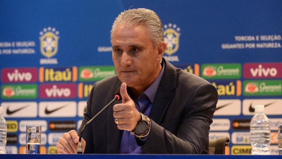 Tite, durante anúncio da convocação da seleção brasileira; treinador terá dilema de gerenciamento do grupo - Pedro Martins/Mowa Press