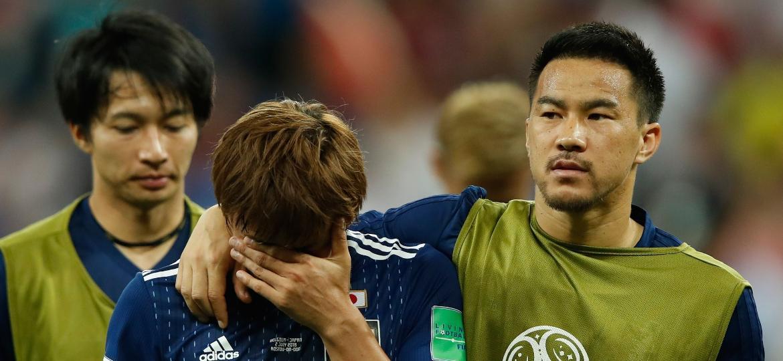 Inui e Okazaki, do Japão, lamentam eliminação na Copa do Mundo nos acréscimos das oitavas de final - Odd Andersen/AFP