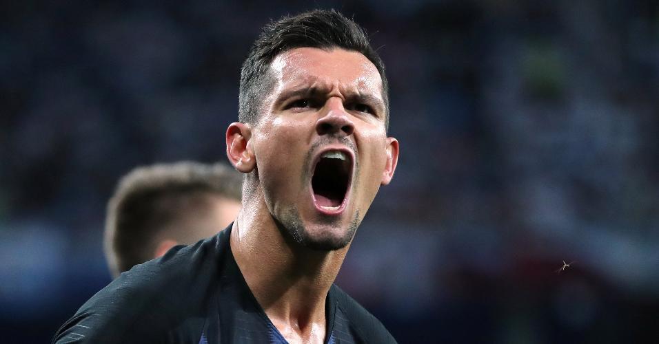Dejan Lovren comemora o segundo gol da Croácia contra a Argentina