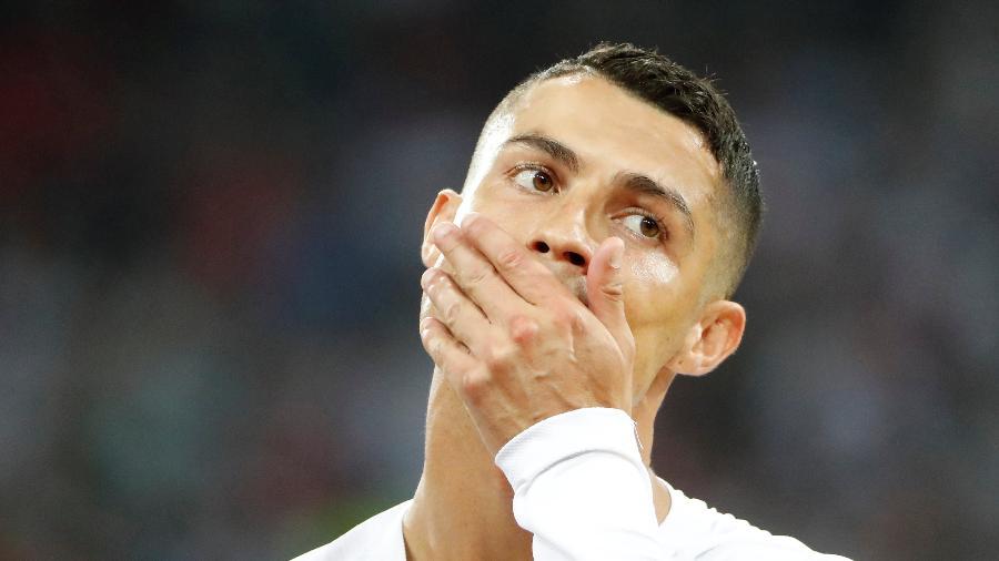 Cristiano Ronaldo põe a mão na boca durante Uruguai x Portugal - Jorge Silva/Reuters