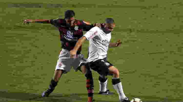 Ronaldo atuou no Corinthians sob o comando de Tite em 2010, antes de se aposentar - Adriano Vizoni/Folha Imagem - Adriano Vizoni/Folha Imagem