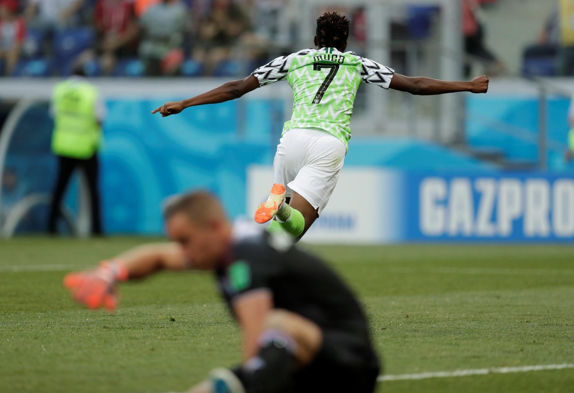 Argentina na Copa 2018  Argentina precisa vencer Nigéria e pode depender do  saldo para avançar - UOL Copa do Mundo 2018 1cf52235d583c